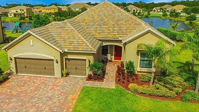Palm City Single Family Home Contingent: 1026 SW Cherry Blossom Lane