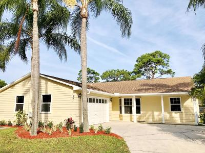 Port Saint Lucie Single Family Home For Sale: 641 SE Karrigan Terrace