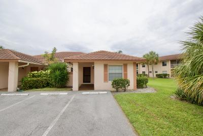 Boca Raton Single Family Home For Sale: 9885 Three Lakes Circle