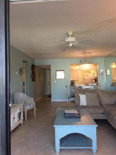 Fort Pierce Condo For Sale: 2400 S Ocean Drive #6435