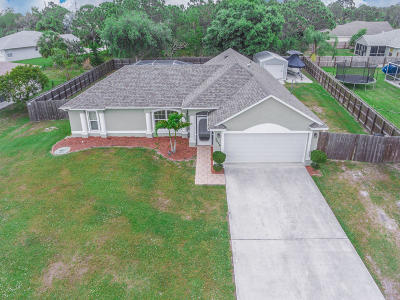 Port Saint Lucie Single Family Home For Sale: 5626 NW Crisona Circle