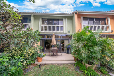 Boynton Beach FL Townhouse For Sale: $275,000