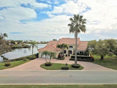 Jupiter Single Family Home For Sale: 133 Regatta Drive