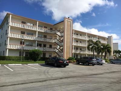 Boca Raton Condo For Sale: 1055 Cornwall C #1055