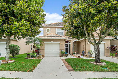 Lake Worth Townhouse For Sale: 7273 Smithbrooke Drive