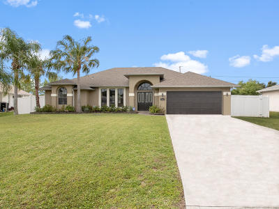 Port Saint Lucie Single Family Home For Sale: 1808 SE Gaskins Circle