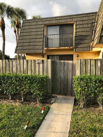 West Palm Beach Townhouse For Sale: 3118 31st Way