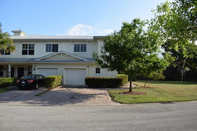 Fort Pierce Townhouse For Sale: 2709 Creekside Drive
