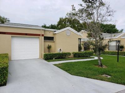 West Palm Beach Single Family Home For Sale: 4561 Discovery Lane #16