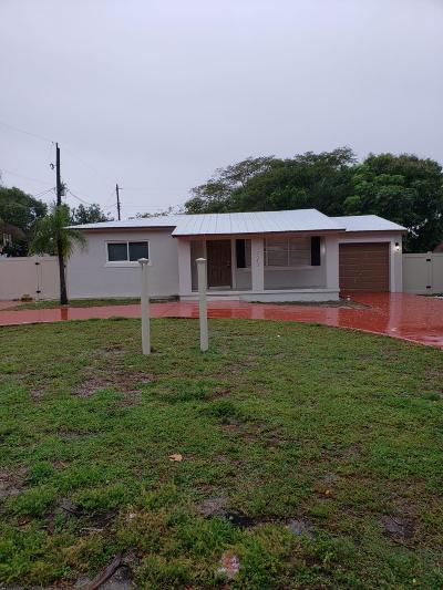 Boynton Beach FL Single Family Home For Sale: $259,000
