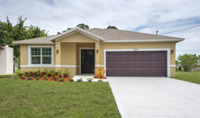 Port Saint Lucie Single Family Home For Sale: 2117 SW Kail Street