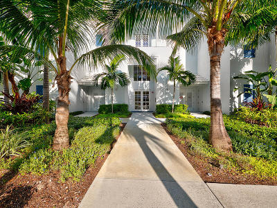 Juno Beach Condo For Sale: 915 Bay Colony Drive S #915