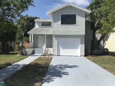 West Palm Beach Single Family Home For Sale: 4559 Brook Drive