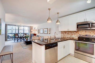Lake Worth Condo For Sale: 4381 Trevi Court #206