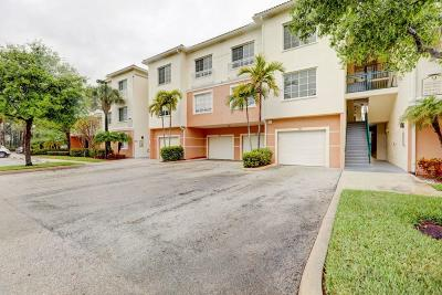 Palm Beach Gardens Condo For Sale: 9307 Myrtlewood Circle W