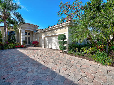 Palm Beach Single Family Home For Sale: 134 Isle Drive