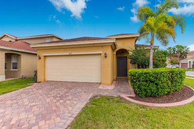 Fort Pierce Single Family Home For Sale: 9525 Portside Drive