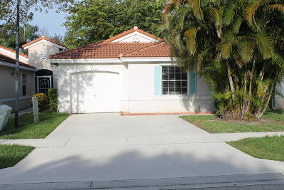 Lake Worth Townhouse For Sale: 7127 Burgess Drive