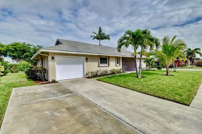 Delray Beach Single Family Home For Sale: 14687 Hideaway Lake Lane