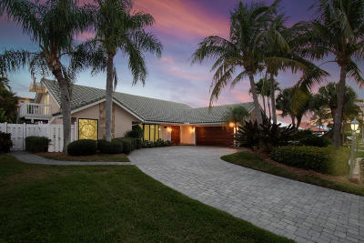 North Palm Beach Single Family Home For Sale: 126 Anchorage Drive S