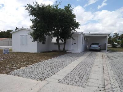 Lake Worth Single Family Home For Sale: 929 S F Street