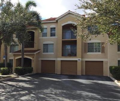 West Palm Beach Condo For Sale: 4241 San Marino Boulevard #205