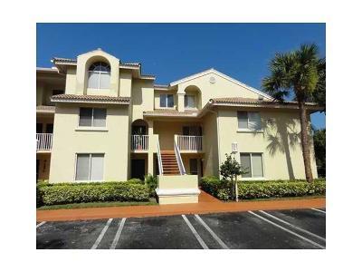 West Palm Beach Condo For Sale: 15202 Glenmoor Drive