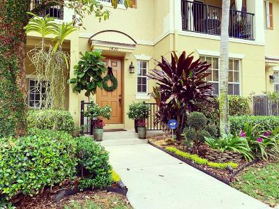 Delray Beach Townhouse Contingent: 1420 E Wickham Circle