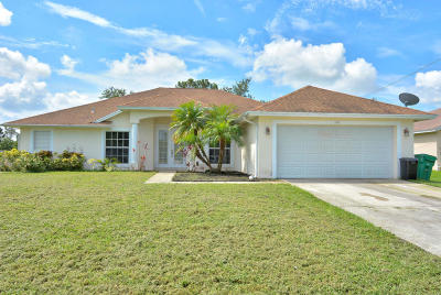 Port Saint Lucie Single Family Home For Sale: 720 SW Gretchen Terrace
