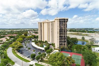 West Palm Beach Condo For Sale: 2480 Presidential Way #904