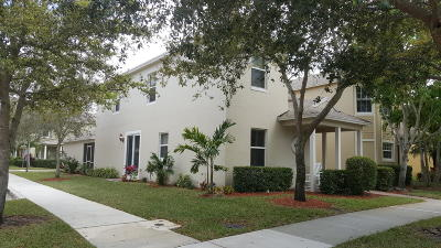 Port Saint Lucie Single Family Home For Sale: 1940 SE Grand Drive
