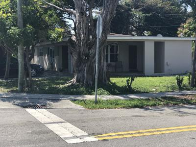 Pompano Beach Single Family Home For Sale: 260 NE 26 Street