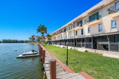 Broward County Condo For Sale: 1100 Crystal Lake Drive #104
