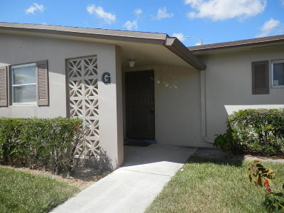 West Palm Beach Single Family Home For Sale: 5243 Cresthaven Boulevard #G