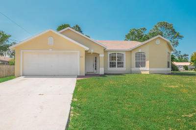 Port Saint Lucie Single Family Home For Sale: 2202 SW Grosspoint Street