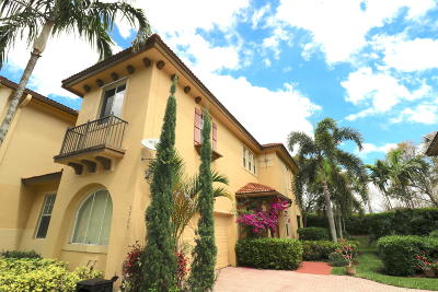 Coral Springs Townhouse For Sale: 5725 NW 119 Ter Terrace #5725