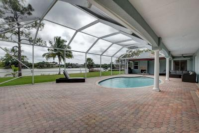 West Palm Beach Single Family Home For Sale: 8902 Estate Drive