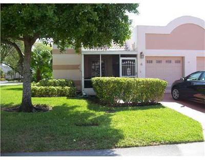 Boca Raton Single Family Home For Sale: 18870 Stewart Circle #4