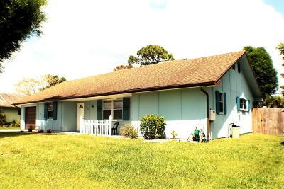 Port Saint Lucie Single Family Home For Sale: 1143 SE Clifton Lane