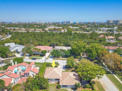 Boca Raton Multi Family Home For Sale: 49 Lariat Circle
