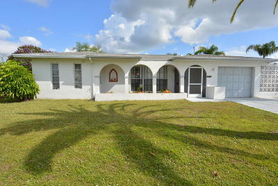 Port Saint Lucie Single Family Home For Sale: 385 NE Solida Circle