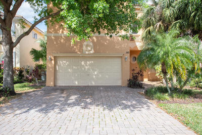 Greenacres Single Family Home For Sale: 145 Two Pine Drive