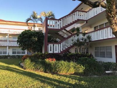 Boca Raton Condo For Sale: 82 Fanshaw B