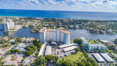 Delray Beach Condo For Sale: 555 SE 6th Avenue #11-A