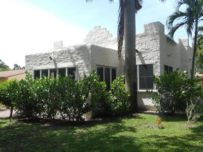 West Palm Beach Single Family Home For Sale: 813 Avon Road