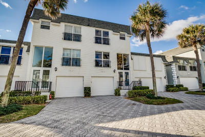 Hillsboro Beach Townhouse For Sale: 1194 Hillsboro Mile #24
