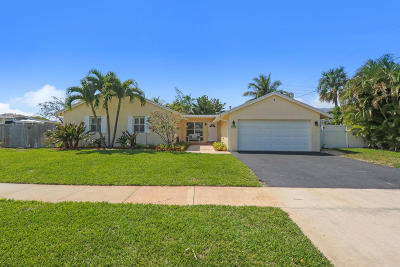 North Palm Beach Single Family Home For Sale: 631 Westwind Drive
