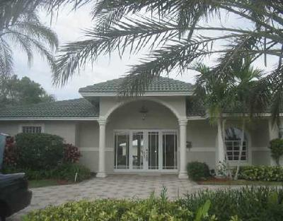 Boca Raton Single Family Home For Sale: 832 Coventry Street