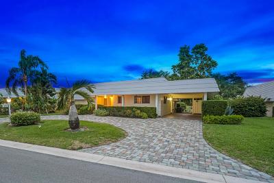 Atlantis Single Family Home For Sale: 383 Villa Drive S