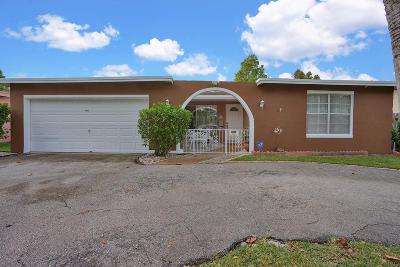 Sunrise Single Family Home For Sale: 8600 Sunset Strip